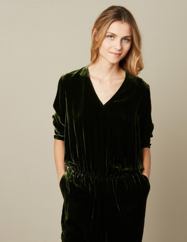 pol velvet jumpsuit - dark navy detail