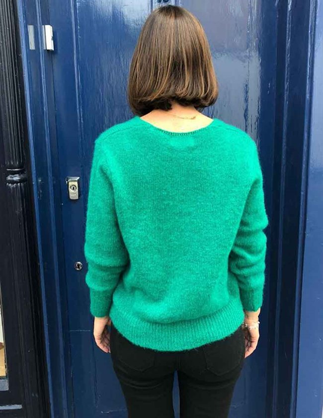 Maison Anje lecourbe v-neck - green detail